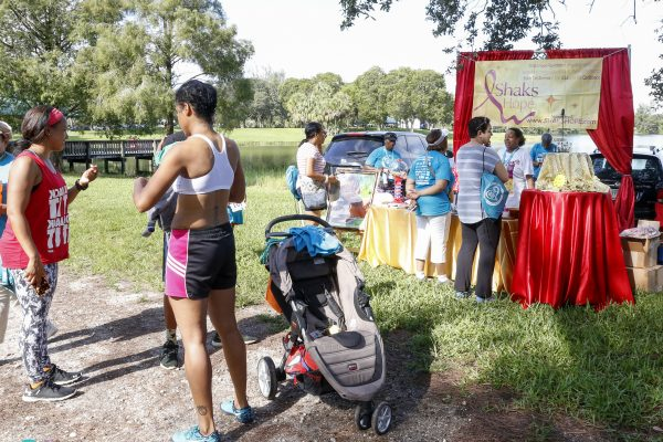 KF 0876 600x400 - Florida Teal 5K Run/ Fun Walk 2016