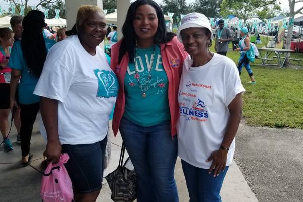 21687767 10214662353977354 694597357983352342 n 600x400 - Florida Teal 5K Run/ Fun Walk 2017