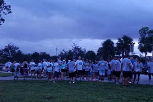 FB IMG 1508885086562 002 600x400 - Florida Teal 5K Run & Fun